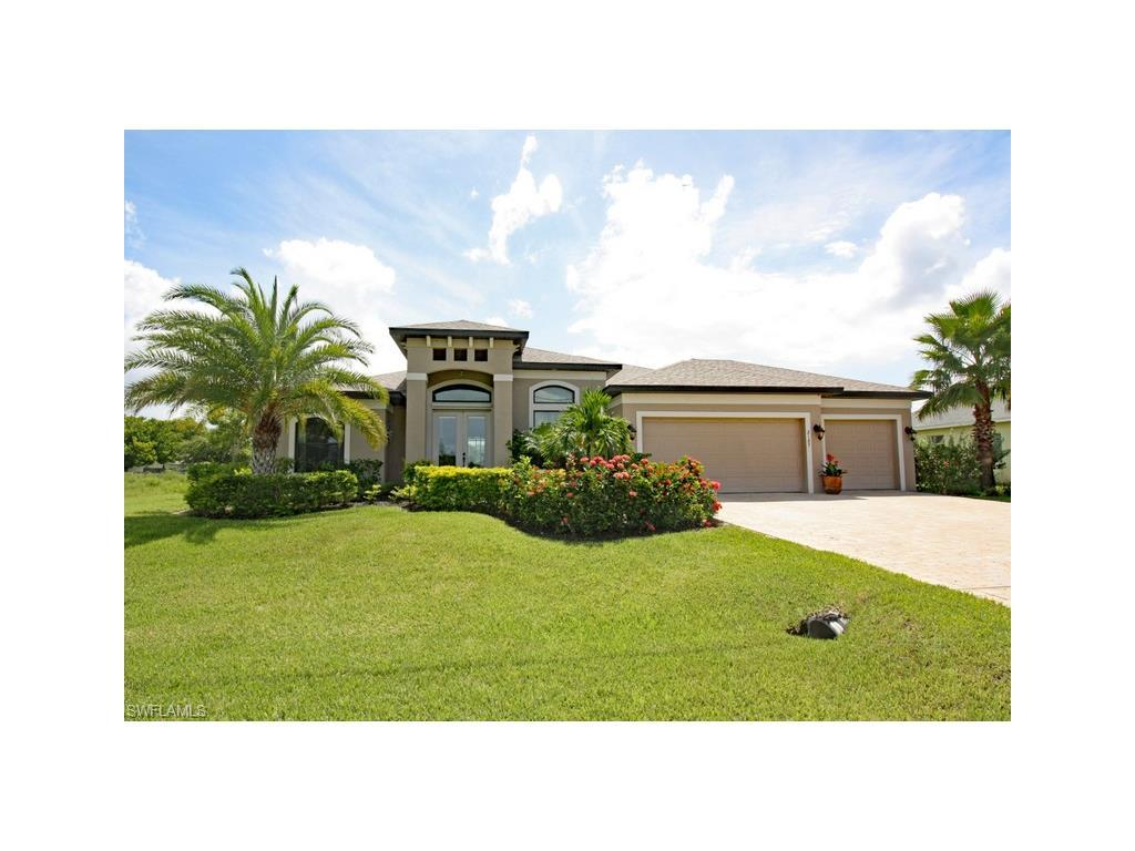 2127 SE 17th Pl, Cape Coral, FL 33990 (MLS #216049922) :: The New Home Spot, Inc.