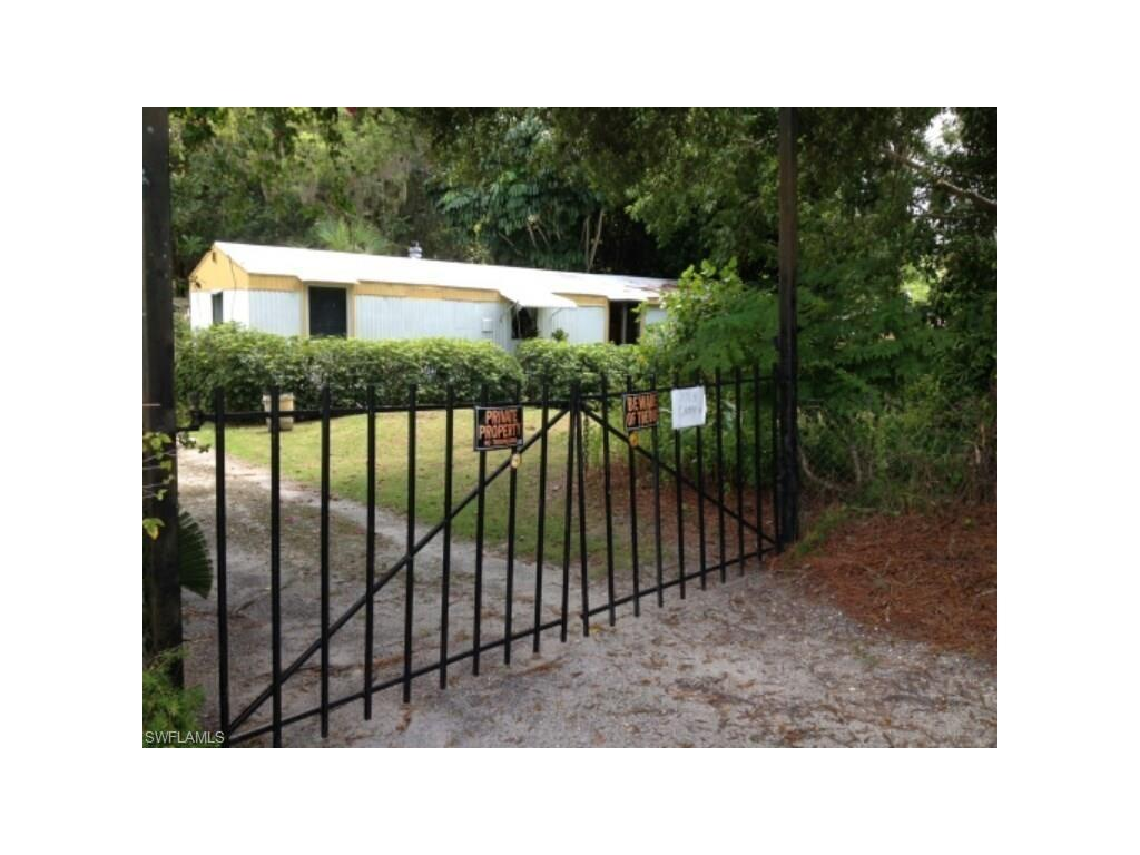 7763 Grady Dr, North Fort Myers, FL 33917 (#216052408) :: Homes and Land Brokers, Inc