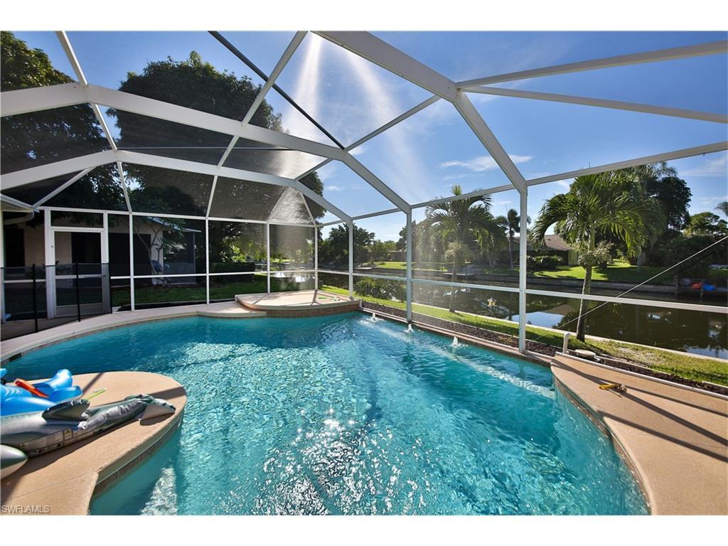 1920 SE 6th Ln, Cape Coral, FL 33990 (MLS #216060429) :: The New Home Spot, Inc.