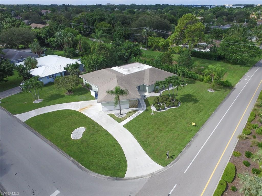 1406 Tanglewood Pky, Fort Myers, FL 33919 (MLS #216057684) :: The New Home Spot, Inc.