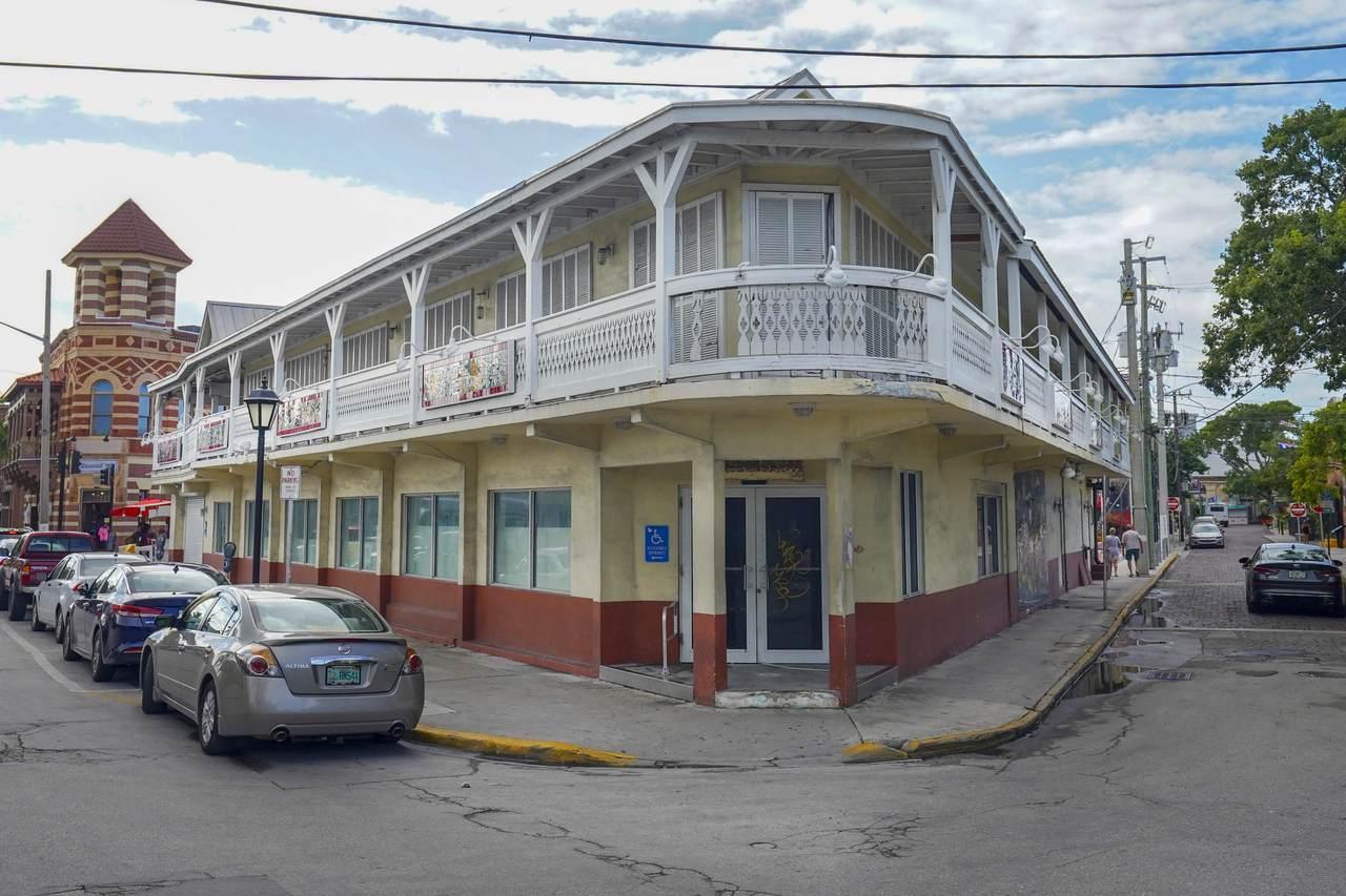 12 Duval Street - Photo 1