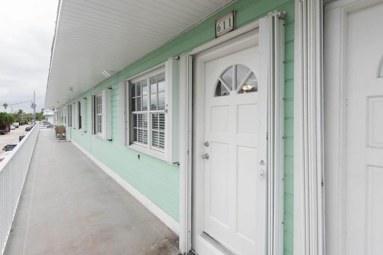 3201 Flagler Avenue - Photo 1