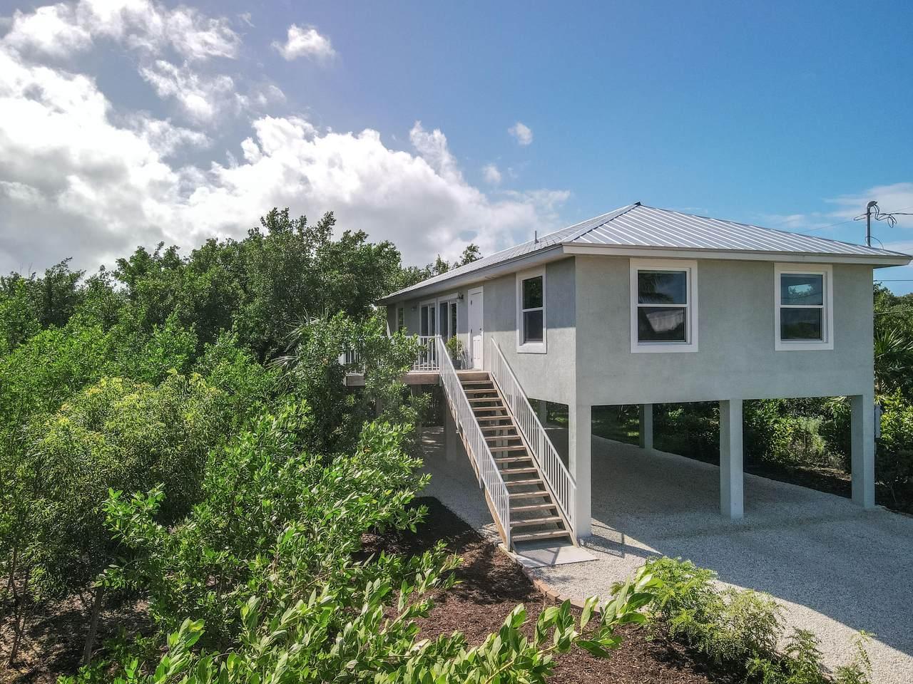 166 Bahama Drive - Photo 1