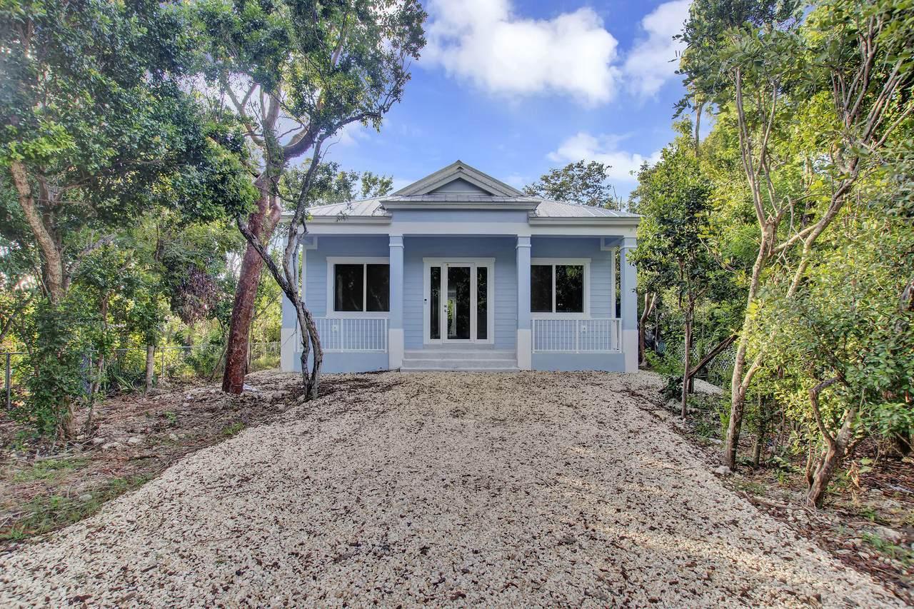43 Coral Drive - Photo 1