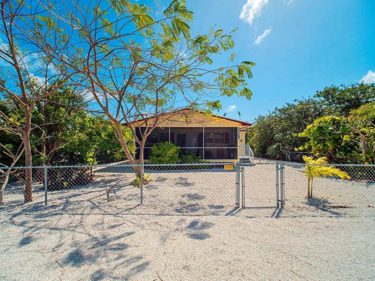 29312 Coconut Palm Drive - Photo 1