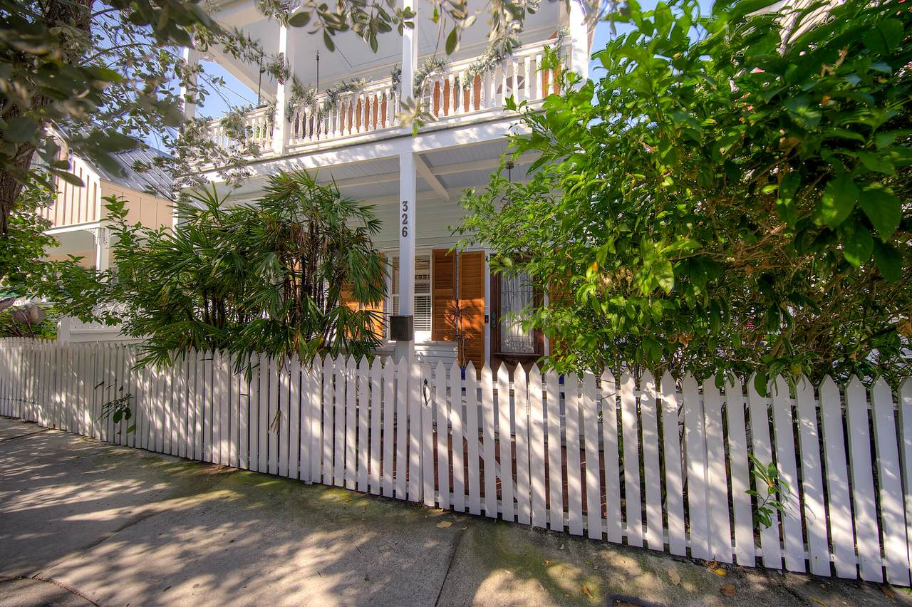 326 William Street - Photo 1
