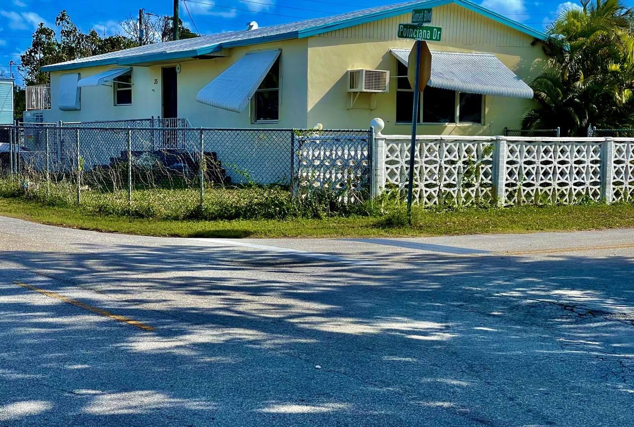 35 Sunset Boulevard - Photo 1