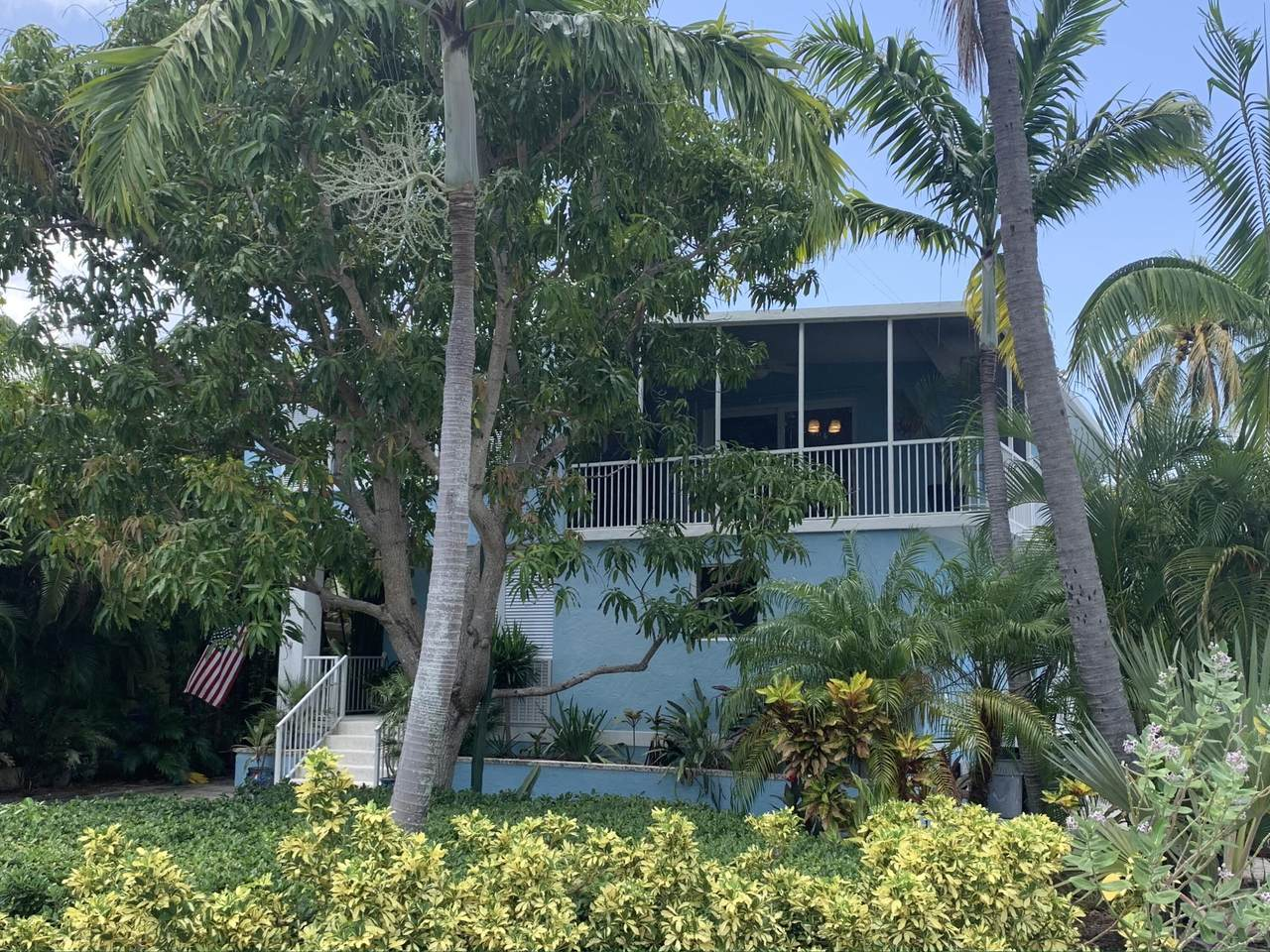 151 Coconut Palm Boulevard - Photo 1