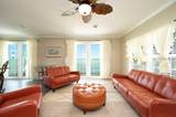 16862 Point Drive - Photo 4