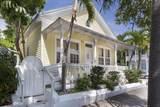 1025 Varela Street - Photo 2