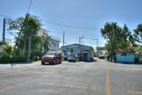325 Calusa Street - Photo 39