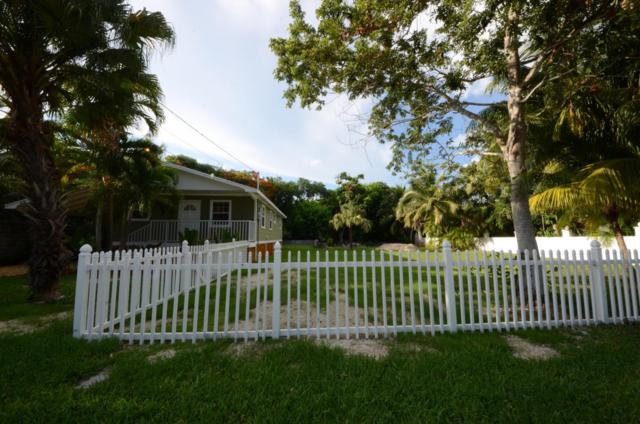 19433 Seminole Street, Sugarloaf Key, FL 33042 (MLS #576621) :: Buy the Keys