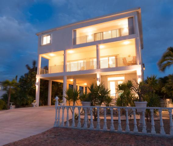 24 Floral Avenue, Key Haven, FL 33040 (MLS #576920) :: The Coastal Collection Real Estate Inc.
