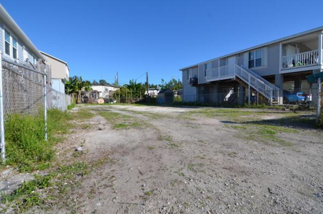 5420 Robyn Lane, Stock Island, FL 33040 (MLS #578276) :: Doug Mayberry Real Estate