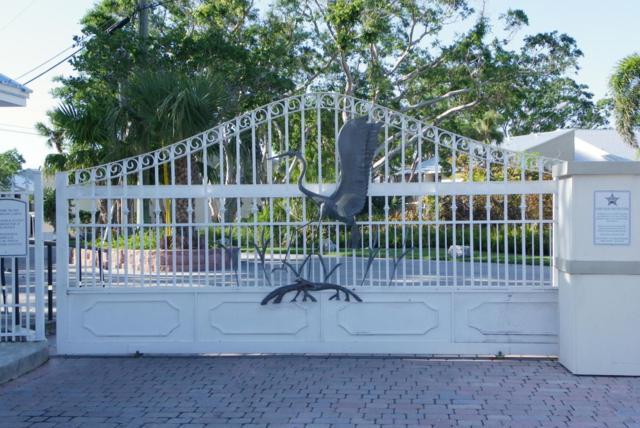 9804 Magellan Drive, Key Largo, FL 33037 (MLS #578285) :: Doug Mayberry Real Estate