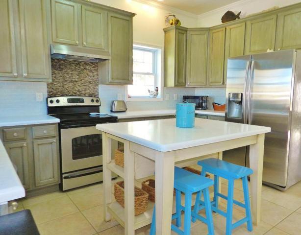 5 Mockingbird Road, Key Largo, FL 33037 (MLS #579282) :: Doug Mayberry Real Estate