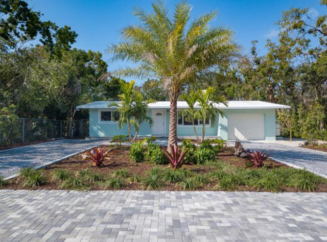 32 Park Road, Upper Matecumbe Key Islamorada, FL 33036 (MLS #579355) :: KeyIsle Realty