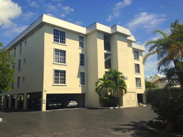 833 Eisenhower Drive #302, Key West, FL 33040 (MLS #580359) :: Brenda Donnelly Group