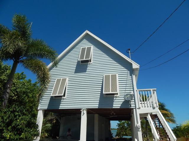 231 W Indies Drive, Ramrod Key, FL 33042 (MLS #582045) :: Coastal Collection Real Estate Inc.