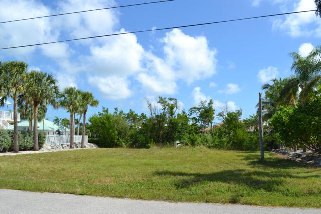 Vacant 14th Street, Key Colony, FL 33051 (MLS #582066) :: KeyIsle Realty