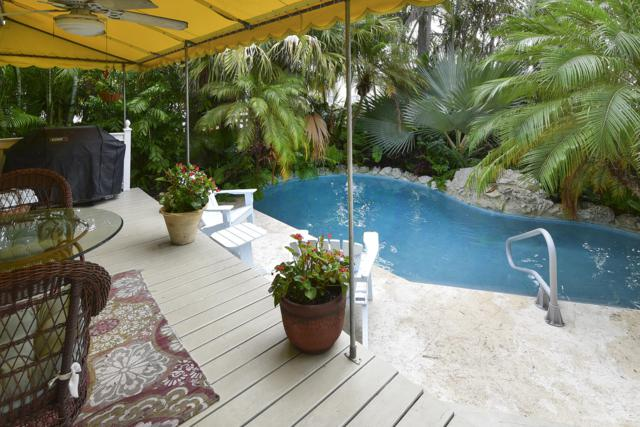 1831 Harris Avenue, Key West, FL 33040 (MLS #582275) :: Key West Luxury Real Estate Inc