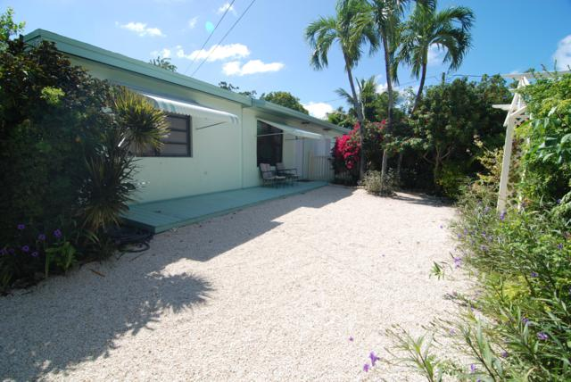19 Snapper Avenue, Key Largo, FL 33037 (MLS #582371) :: KeyIsle Realty