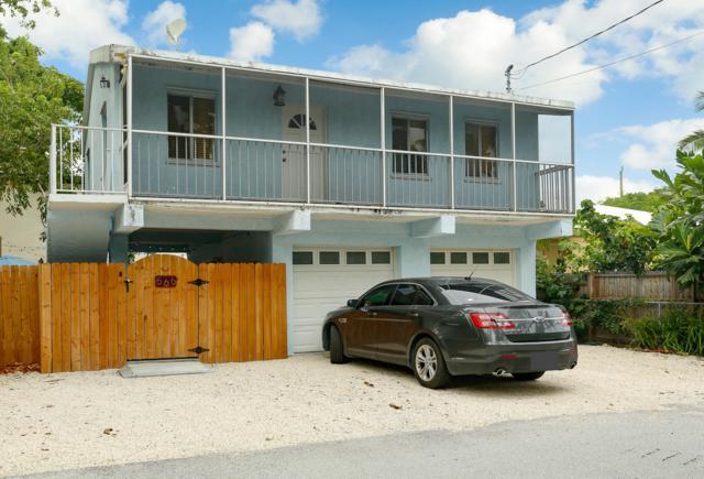 566 Lagoon Lane, Key Largo, FL 33037 (MLS #582402) :: Coastal Collection Real Estate Inc.