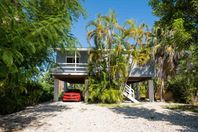 31033 Avenue F, Big Pine Key, FL 33043 (MLS #582702) :: Coastal Collection Real Estate Inc.