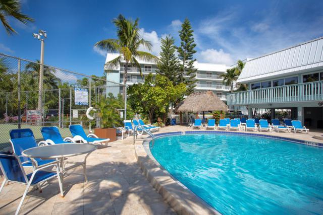 1901 S Roosevelt Boulevard 202E, Key West, FL 33040 (MLS #583257) :: Conch Realty