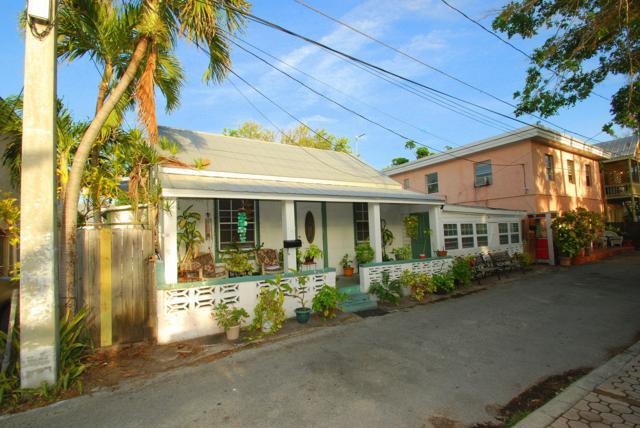 709 Whitmarsh Lane, Key West, FL 33040 (MLS #583576) :: Brenda Donnelly Group