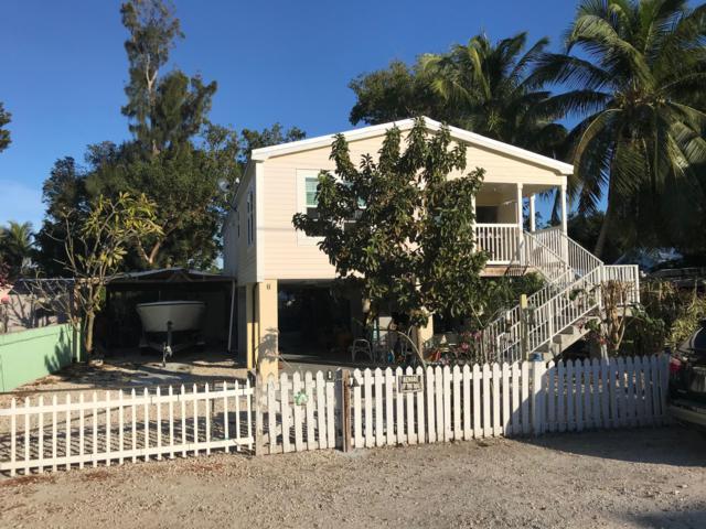 8 Janet Place, Key Largo, FL 33037 (MLS #583811) :: Doug Mayberry Real Estate