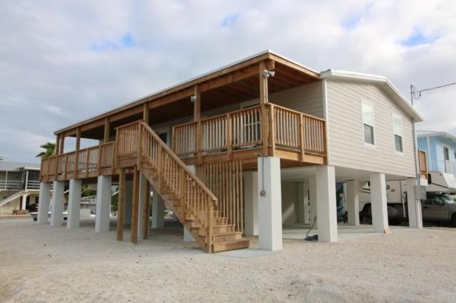 27419 St Vincent Lane, Ramrod Key, FL 33042 (MLS #584147) :: Coastal Collection Real Estate Inc.