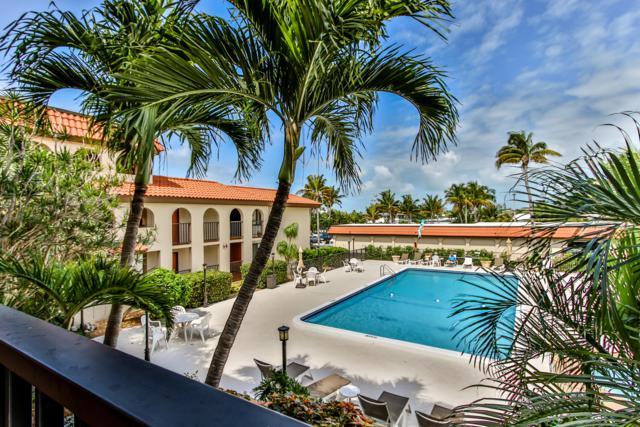 1001 W Ocean Drive 1-205, Key Colony, FL 33051 (MLS #584948) :: KeyIsle Realty