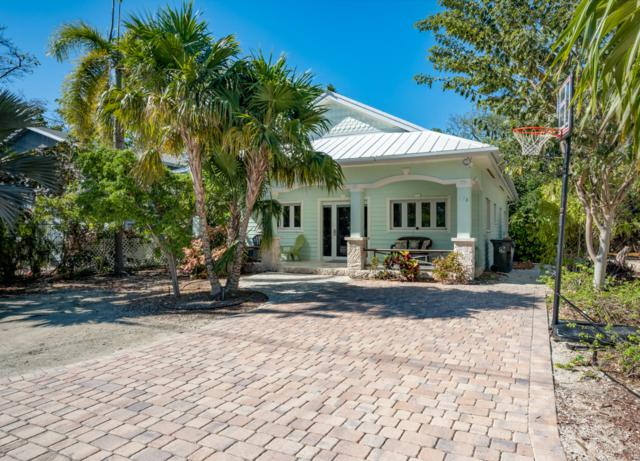 136 S Hammock Road, Upper Matecumbe Key Islamorada, FL 33036 (MLS #585047) :: Conch Realty