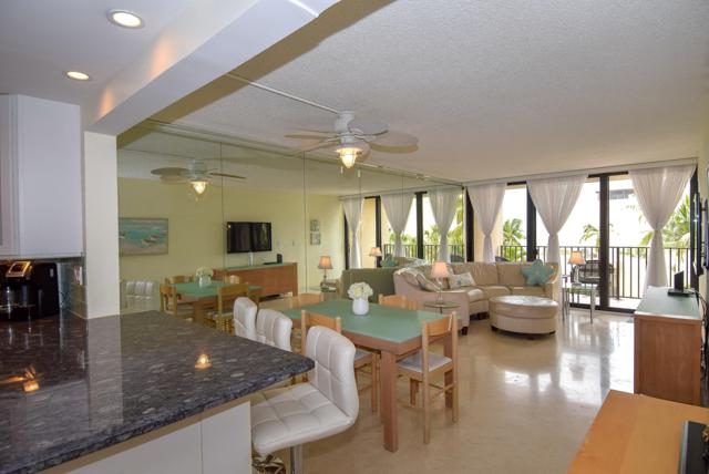 104350 Overseas Highway A-302, Key Largo, FL 33037 (MLS #585206) :: Coastal Collection Real Estate Inc.