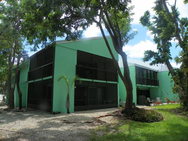 9824 Mariners Avenue, Key Largo, FL 33037 (MLS #585233) :: Key West Property Sisters