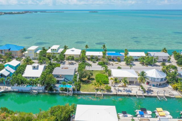 5 Caribbean Drive, Summerland Key, FL 33042 (MLS #585384) :: Doug Mayberry Real Estate