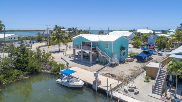 27477 Martinique Lane, Ramrod Key, FL 33042 (MLS #585389) :: Coastal Collection Real Estate Inc.