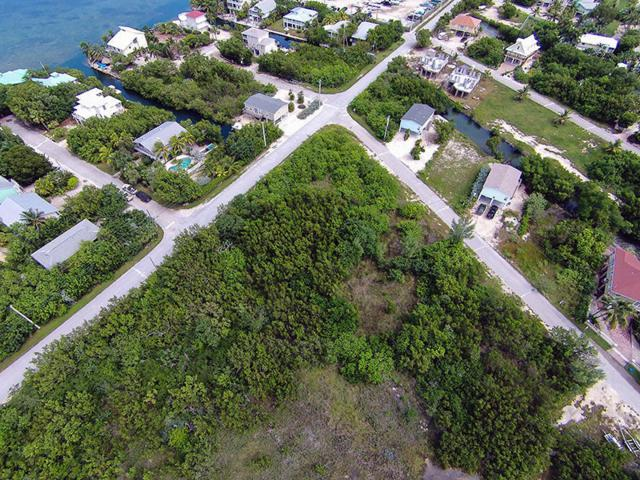 Basque Lane, Cudjoe Key, FL 33042 (MLS #585413) :: Doug Mayberry Real Estate