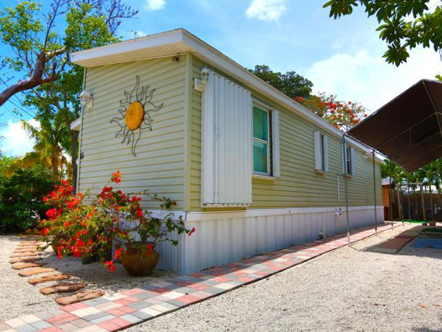 11 Mockingbird Road, Key Largo, FL 33037 (MLS #585630) :: Conch Realty