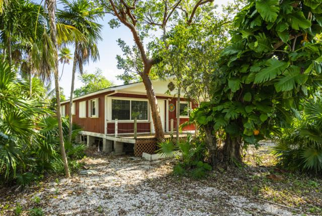 19597 Caloosa Street, Sugarloaf Key, FL 33042 (MLS #585668) :: Coastal Collection Real Estate Inc.