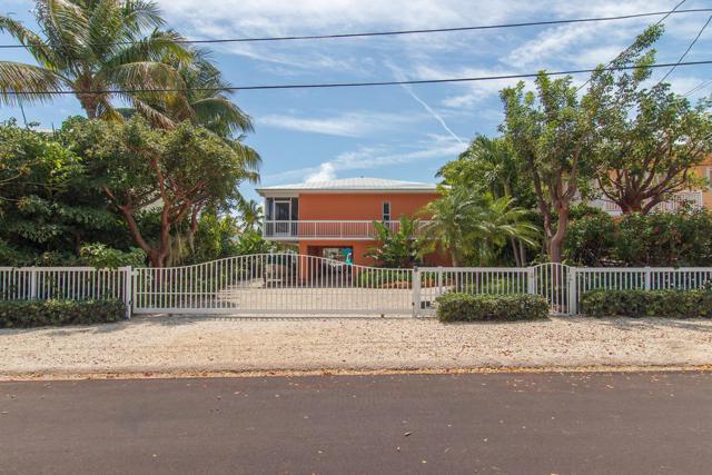 1212 Mockingbird Road, Key Largo, FL 33037 (MLS #585688) :: Conch Realty