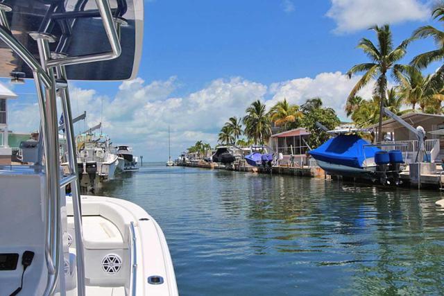 118 Guilford Court, Key Largo, FL 33070 (MLS #585849) :: Coastal Collection Real Estate Inc.