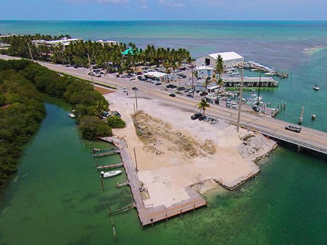 79786 Overseas Highway, Upper Matecumbe Key Islamorada, FL 33036 (MLS #586105) :: Vacasa Florida LLC