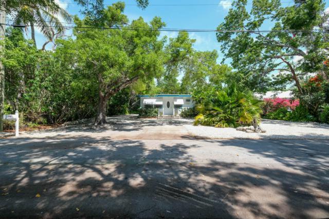 110 Knowles Street, Upper Matecumbe Key Islamorada, FL 33036 (MLS #586123) :: Brenda Donnelly Group