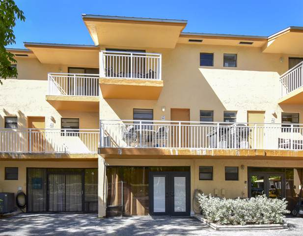 1500 Ocean Bay Drive P4, Key Largo, FL 33037 (MLS #587985) :: Born to Sell the Keys
