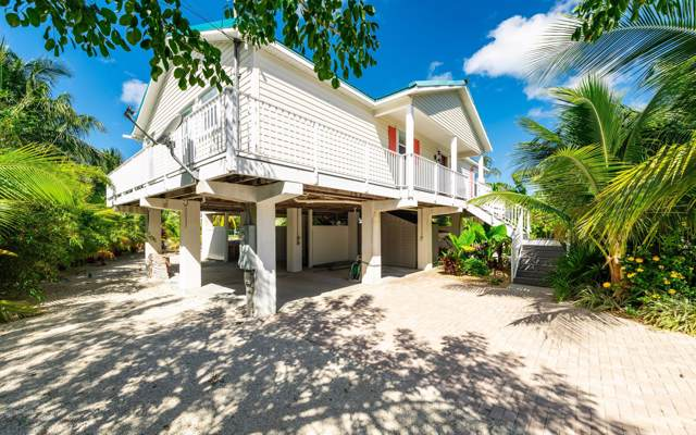 17049 W Bonefish Lane, Sugarloaf Key, FL 33042 (MLS #588129) :: Key West Luxury Real Estate Inc