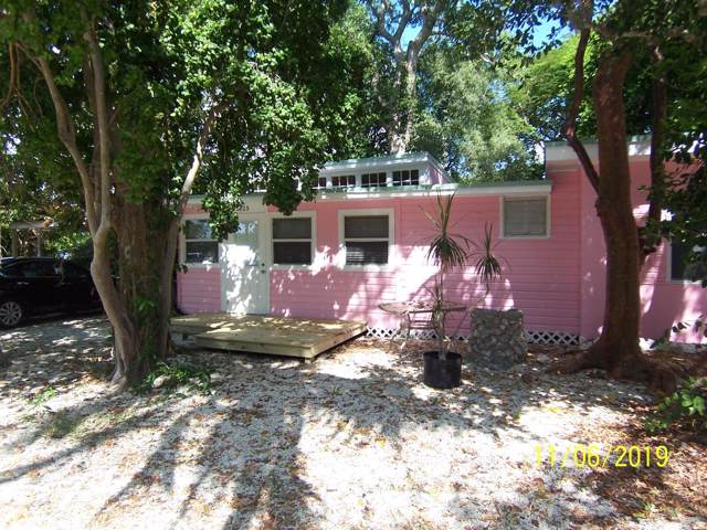 105 Tree Lane, Key Largo, FL 33070 (MLS #588131) :: Coastal Collection Real Estate Inc.
