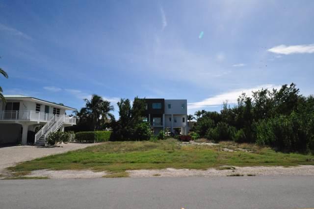 235 W Seaview Drive, Duck Key, FL 33050 (MLS #588211) :: Key West Luxury Real Estate Inc