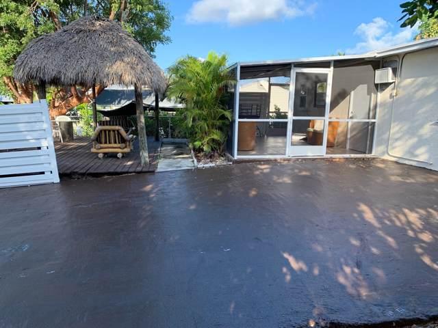 33 Buttonwood Drive, Key Largo, FL 33037 (MLS #588327) :: Brenda Donnelly Group